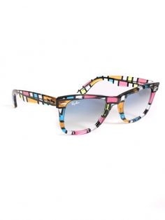 Limited Edition Rare Print Wayfarers by Ray Ban. Actually seen a lady wearing these today. Pretty Rad