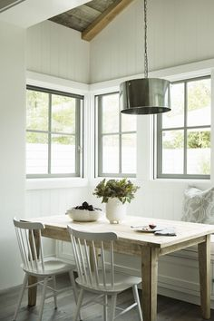 Eric Olsen Design - dining rooms - paneled breakfast nook, breakfast nook, breakfast nook ideas, vertical wall panels, window seat bench, bu...
