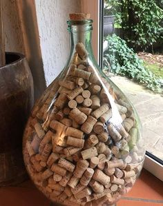 Old Bottles, Bottle Crafts, Diy Stuff, Firewood, Cork, Dining, Antiques, Vintage, Corks