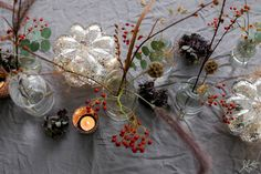 Syksyiset leikkokukat ja kurpitsavalot terassilla White Photography, Projects To Try, Wreaths, Table Decorations, Black And White, Garden, Interior, Flowers, Plants