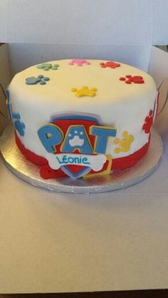 Gâteau pat patrouille Paw Patrol Birthday Cake, Paw Patrol Cake, Paw Patrol Party, Paw Patrouille, Cake Designs For Kids, Sophia Cake, Snowman Cake, Cakes For Boys, Amazing Cakes