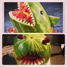 "Y definitivamente tampoco un tiburón con cara de bobo. | 24 fracasos de ""Pinterest"" que te harán sentir mejor respecto a tu verano"