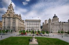 the three graces liverpool - Bing images Liverpool Life, Liverpool History, Liverpool England, Liverpool Waterfront, Southport, Beautiful Buildings, Lake District, British Isles, Great Britain