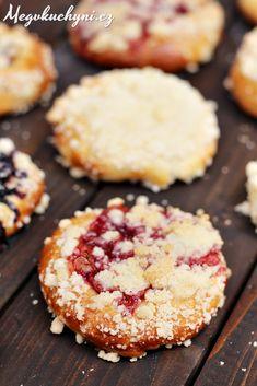Moravské vdolky s višňovým džemem Muffin, Breakfast, Morning Coffee, Muffins, Cupcakes