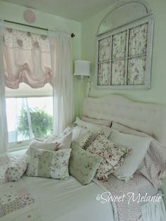 from-my-front-porch-to-yours-how-i-found-my-style-sundays window over bed! from-my-front-porch-to-yours-how-i-found-my-style-sundays window over bed! Shabby Chic Kitchen, Shabby Chic Cottage, Vintage Shabby Chic, Shabby Chic Homes, Shabby Chic Style, Shabby Chic Decor, Chabby Chic, Pretty Bedroom, Shabby Chic Bedrooms