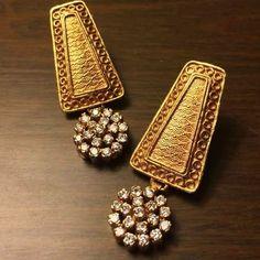 Initial Necklace / Diamond Initial Necklace in Gold / Gold Letter Necklace / Single Initial Diamond Necklace / Personalized Gift - Fine Jewelry Ideas Or Antique, Antique Jewelry, Custom Jewelry, Handmade Jewelry, Diamond Initial Necklace, India Jewelry, Gold Jewellery, Jewlery, Bridal Jewellery