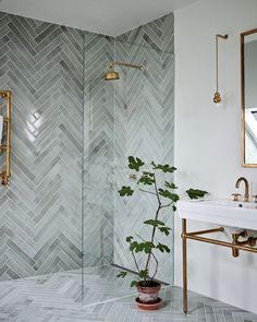 Home Interior Decoration .Home Interior Decoration Bad Inspiration, Bathroom Inspiration, Interior Inspiration, Interior Ideas, Bathroom Interior Design, Restroom Design, Gold Interior, Interior Colors, Interior Livingroom