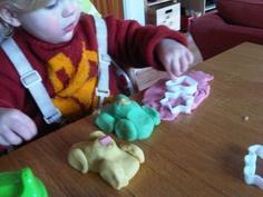 Little Super Sparks: Inventive Playdough Nanny Activities, Rainy Day Activities For Kids, Toddler Activities, Cloud Dough, Plasticine, Salt Dough, Creative Play, Activity Ideas, Air Dry Clay
