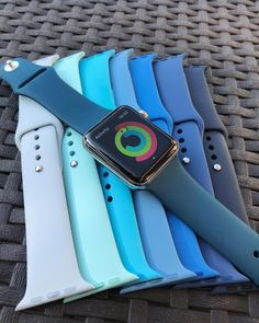 Apple Watch Series 3 (GPS) Aluminum Case - Closing the rings and feeling blue – Applewatch – Ideas of Applewatch – Closing the rings and feeling blue Source by - Apple Watch 42mm, Apple Watch Blue Band, Cute Apple Watch Bands, Apple Watch Silver, Apple Watch Bands Fashion, Apple Watch Series 3, Apple Band, Apple Watch Accessories, Iphone Accessories