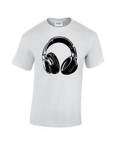24c299ffce Ha tetszik a(z) Férfi pólók nevű tábla, akkor lehet, hogy ezek az ötletek  is tetszeni fognak