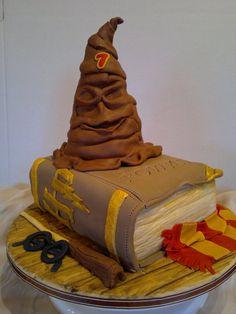 Harry Potter for Rowan - by AWG Hobby Cakes @ CakesDecor.com - cake decorating website