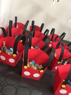 Festa a tema Topolino - Lucia Saltalamacchia Mickey Mouse Birthday Decorations, Mickey 1st Birthdays, Mickey Mouse Baby Shower, Mickey Mouse Clubhouse Birthday, Mickey Birthday, Frozen Birthday, Birthday Cakes, 2nd Birthday, Mickey Party