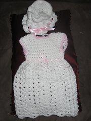 Ravelry: Preemie Baby Dress pattern by free Baby Knitting, Crochet Baby, Knit Crochet, Knitted Baby, Preemie Babies, Premature Baby, Micro Preemie, Baby Items, Crochet Patterns