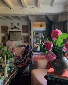 English Cottage Style, English Country Style, Cosy Home, Country House Interior, Room Interior, English Decor, Colourful Living Room, Ivy House, Swedish House