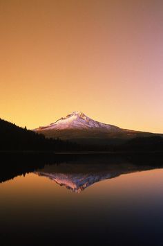 ✯ Sunset At Trillium Lake - Mt. Hood, Oregon