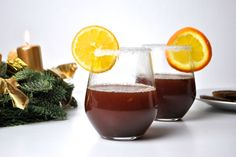 Les Deux's Christmas Punch <3 Christmas Punch, Food Inspiration, Alcoholic Drinks, Yummy Food, Glass, Recipes, Holiday Punch, Delicious Food, Drinkware