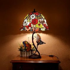 HT Tiffany Styled Table lamp, 16 Inch Wide Red Tone Sunflower Stained Glass Shade Cast Iron Base Butterfly Decor, for Bedroom Living Room Dining Room Study Dresser Stained Glass Lamp Shades, Stained Glass Table Lamps, Tiffany Stained Glass, Stained Glass Designs, Stained Glass Patterns, Stained Glass Art, Tiffany Style Table Lamps, Tiffany Table Lamps, Cool Lamps