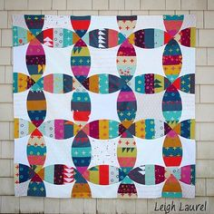 """Isn't this quilt by @leighlaurelstudios beautiful? Such a super example of how well #AGhandcrafted works not only in garments, but also in patchwork. It's…"""