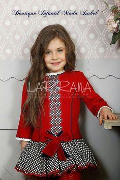 Blog moda infantil Frilly Dresses, Little Girl Dresses, Girls Dresses, Toddler Dress, Baby Dress, Toddler Fashion, Kids Fashion, Dolce And Gabbana Kids, Moda Blog