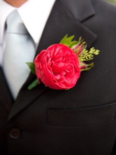 Father of the Bride Boutonniere Piano Rose. Atlanta Wedding Flowers.  Atlanta Florist