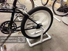 Diy Stationary Bike, Bike Stand Diy, Bike Hanger, Diy Home Gym, Recumbent Bicycle, Bike Trainer, Bicycle Workout, Bicycle Storage, Bike Parking