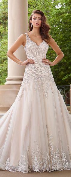 Wedding Dress by Martin Thornburg @moncheribridals