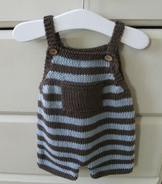 These cute, unisex dungarees are comfy and ideal for little ones . Make in cool cotton for easy summer time wearing . On cooler days pop over a t-shirt . Look lovely in plain colours too .Ravelry: Playtime Dungarees pattern by Patricia Evansthe onlin Baby Boy Knitting Patterns, Baby Clothes Patterns, Knitting For Kids, Baby Dungarees, Knitted Baby Clothes, Knitted Baby Outfits, Crochet For Boys, Baby Pants, Baby Cardigan