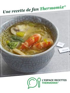 Thai shrimp soup with thermomix. A fan recipe to find in the category Soups on www.espace-recett …, from Thermomix®. Vegetarian Ramen, Vegetarian Recipes, Healthy Recipes, Shrimp Recipes, Soup Recipes, Ayurveda, Thai Shrimp Soup, Ramen Noodle Recipes, Recipes