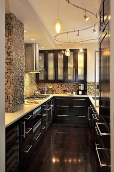 Brown And Bold Kitchens Corian Contemporary Flat Panel Gl U Shaped Undermount