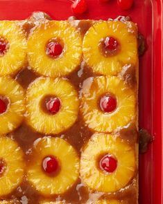 We love retro desserts! This classic pineapple upside-down cake is simply the best. Pineapple Upside Down Cake, Pineapple Cake, Pineapple Desserts, Food Cakes, Cupcake Cakes, Cupcakes, Tea Cakes, Baking Recipes, Cake Recipes