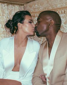 Kim Kardashian Remembers Versailles Wedding Rehearsal in New Stunning Pics: See Her Carriage Entrance With Kanye West!
