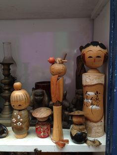 Vintage Kokeshi dolls in Insadong