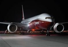 Boeing is a twin-aisle aircraft being developed by Boeing Commercial Airplanes. It is the new upgraded version in the Boeing 777 family. Boeing 777x, 747 Jumbo Jet, Boeing Business Jet, Jet Aviation, Luxury Private Jets, Luxury Jets, Passenger Aircraft, Aircraft Design, Air Travel