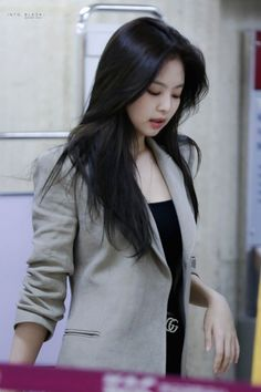 miss jennie kim- the duality i- Kim Jennie, South Korean Girls, Korean Girl Groups, Girls Generation, Elf Make Up, Mode Kpop, Kim Jisoo, Black Pink Kpop, Wattpad
