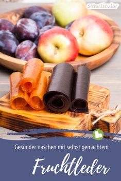 Fruchtleder ist die perfekte Alternative zu Gummibärchen! Die süße und trotzdem gesunde Nascherei lässt sich ganz leicht selber machen und eignet sich auch bestens als Snack für unterwegs.