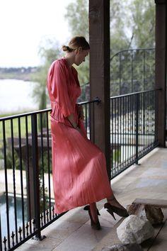 Saturday morning vibes ✨ #ootd   #vintage - dress Carven Hooi - shoes   boxygirl.com/