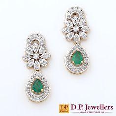Dazzling diamond shine reflecting emerald droplets! #earrings #diamonds #emeralds #reflection #bridal #sassy #jewellery #diamondjewellery #udaipur #ratlam #indore