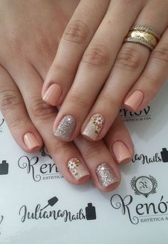 23 Modelos e Fotos de Unhas Decoradas com Flor 23 Modelos e Fotos . Nail Desing esteticista e nail designer Fabulous Nails, Gorgeous Nails, Pretty Nails, Gel Nail Art, Manicure And Pedicure, Acrylic Nails, Hair And Nails, My Nails, Nail Designer