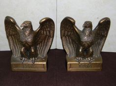 1776 American Bald Eagle Library Bookend Set by 3FunkyMonkeys #doubleteampromotionsocialmedia #ThreeFunkyMonkeys