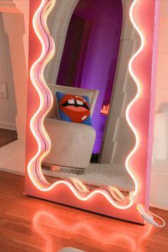 Cool Mirrors, Diy Mirror, Decor Interior Design, Interior Decorating, Hippy Room, Lash Room, Neon, Room Ideas Bedroom, Cool Diy Projects