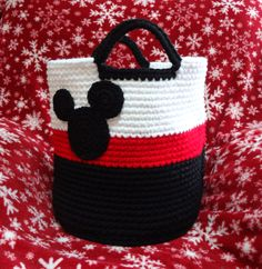 Mickey basket-style bag Mickey silhouette provided by  http://tampabaycrochet.blogspot.com