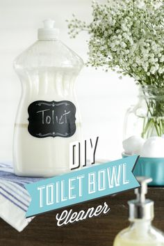 This DIY toilet bowl cleaner is made with only natural ingredients and packs a powerful cleaning punch! Scrubs away dirt, odors and anything else lurking inside your toilet bowl! Homemade Cleaning Products, Cleaning Recipes, Natural Cleaning Products, Cleaning Hacks, Household Products, Diy Hacks, Cleaning Supplies, Diy Cleaners, Cleaners Homemade