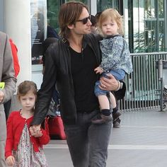 Keith & his girls :)