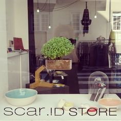 window display . scar-id.com . storefront