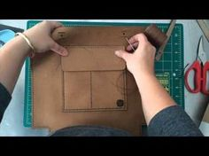 Leather Sew Along using the Everyday Tote by Hammered Leatherworks Leather Bag Tutorial, Leather Bag Pattern, Sewing Leather, Stitching Leather, Handmade Leather Wallet, Leather Pouch, Leather Purses, Leather Diy Crafts, Leather Projects