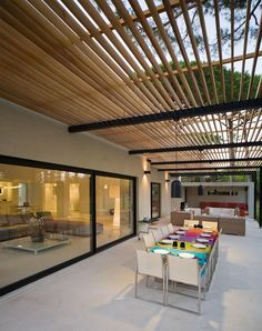 The wooden pergola is a good solution to add beauty to your garden. If you are not ready to spend thousands of dollars for building a cozy pergola then you may devise new strategies of trying out something different so that you can re Outdoor Pergola, Wooden Pergola, Backyard Pergola, Patio Roof, Outdoor Spaces, Outdoor Living, Small Pergola, Black Pergola, Rustic Pergola