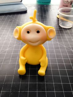 Nathalie Sorensen of Lucy Cake Design Demonstrates how to make a cute fondant Teletubbies cake topper for one of our valued members Fondant Figures Tutorial, Cake Topper Tutorial, Fondant Cake Toppers, Cake Icing, Teletubbies Cake, Superhero Theme Party, Twin First Birthday, Fondant Animals, 3d Figures