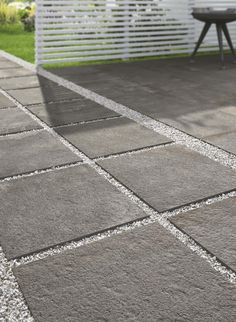 thick porcelain stoneware tiles to embellish your outdoor spaces. Modern Backyard, Backyard Garden Design, Patio Design, Backyard Patio, Outdoor Paving, Outdoor Flooring, Landscape Pavers, Landscape Design, Concrete Patios