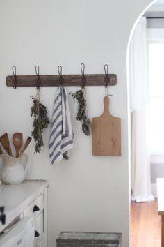 Simple ways to add farmhouse style to any kitchen farmhouse on Boone