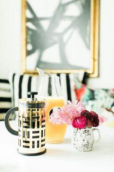 Coffee table decor | theglitterguide.com